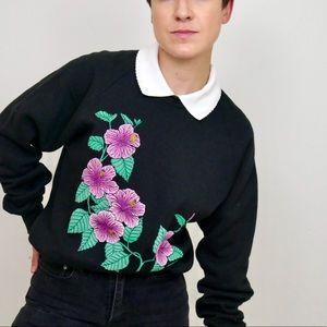 ‼️$20 SALE ‼️ Vintage Collared Floral Sweatshirt